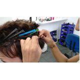aplicação de prótese capilar no Parque Guedes